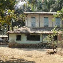 Mukund Holiday Home in Kihim