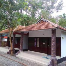 Munroe Coconut Homestay in Kollam