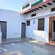 Murali House In Anegundi in Vidhyanagara