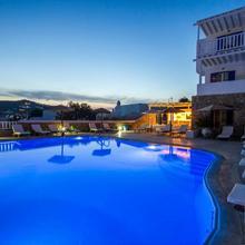 Mykonos Essence Hotel in Mykonos