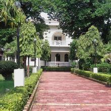Mystical Yoga Centre And Hostel in Khajuraho
