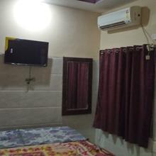 N S Guest House in Tiruvannamalai