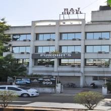 Purohit's Hotel Raj in Surat