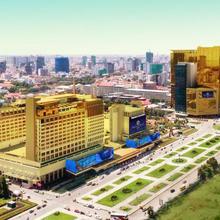Nagaworld Hotel & Entertainment Complex in Phnom Penh