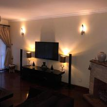 Nairobi, Upper Hill 4 Bedroom Apt *bayhill Gardens* in Nairobi