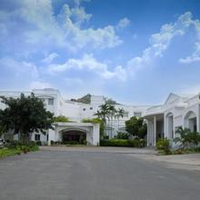 Nala Hotels in Mohanur