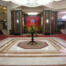 Natsionalny Hotel in Kiev