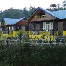 Nature Hilltop Resort in Sombaria