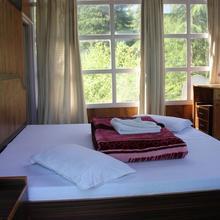 Nature's Lap Resort in Kullu