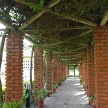NaturOville Ayurvedic & Yoga Retreat by OpenSky in Rishikesh