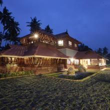 Neelambari Resorts in Puthukkad