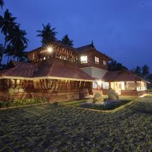 Neelambari Resorts in Irinjalakuda