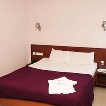 Nest Guest House in Pondicherry
