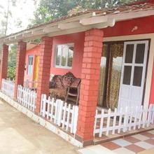Netharas Estate Stay in Suntikoppa