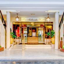 New Ambassador Hotel in Siena