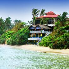 New Bay View Villa in Denuwala