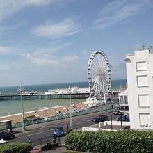 New Cosmopolitan Guest House in Brighton