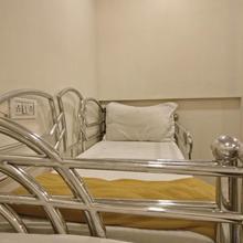 New Hotel Elite Inn in Akola