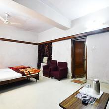 New International Hotel in Varanasi