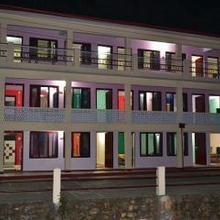 New Pine Hotel in Kausani
