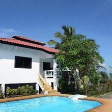 New Sunrise Pangpo Village in Lipa Noi
