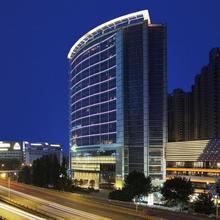 New World Wuhan Hotel in Wuhan