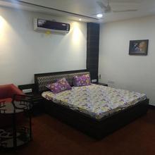 Nidra A Service Apartment in Gwalior