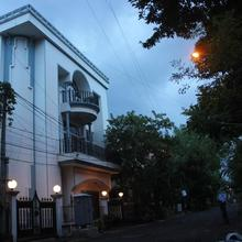 NIPS Corporate Guest House in Alipore