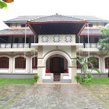 Niramayam Heritage Ayurveda Retreat in Puthukkad