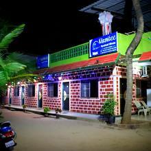 Nirmitee Nyahari Niwas in Tarkarli