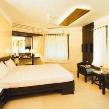 Nirupama Hotel Dhabaleswar in Pipili