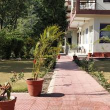 Nishant Garden Resort in Rishikesh