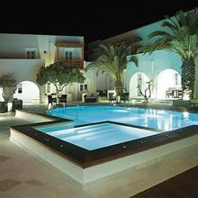 Nissaki Beach Hotel in Naxos