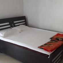 Nitinbhai Home Stay in Junagadh