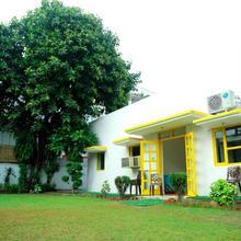 Nivasa Backpackers Hostel in Dera Mandi