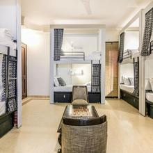 Nomadia Hostel By Anara Homes & Villas in Faridabad