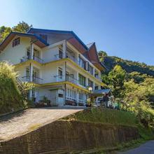 Norbulingka Retreat in Damthang