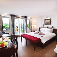 Nova Luxury Hotel in Hanoi