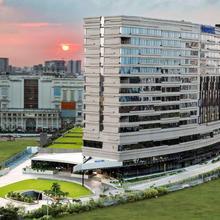 Novotel Kolkata Hotel And Residences in Kolkata