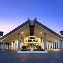 Novotel Manado Golf Resort & Convention Center in Manado