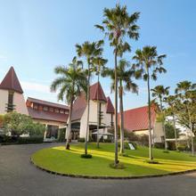 Novotel Surabaya Hotel in Surabaya