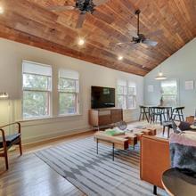 Oak-shaded House In Bouldin Home in Austin