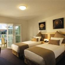 Oaks Pacific Blue Resort Port Stephens in The Gibbers