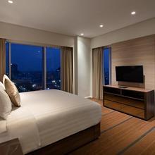 Oakwood Hotel & Residence Surabaya in Surabaya