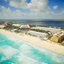 Oasis Cancún Lite - All Inclusive in Cancun