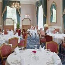 Oatlands Park Hotel Weybridge in Claygate