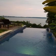 Oceanis - North Goas Best Luxury 2bhk Seaview Villa Located Above Coco Beach. in Silidao