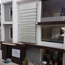 Oceanside Hotel in Tirukazhukundram