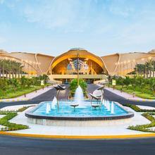 Officers Club & Hotel in Abu Dhabi