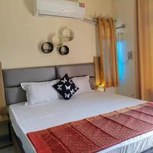 Om Shanthi Paying Guest House in Varanasi